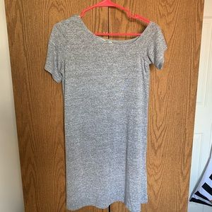 ARITZIA OFF THE SHOULDER DRESS / SMALL